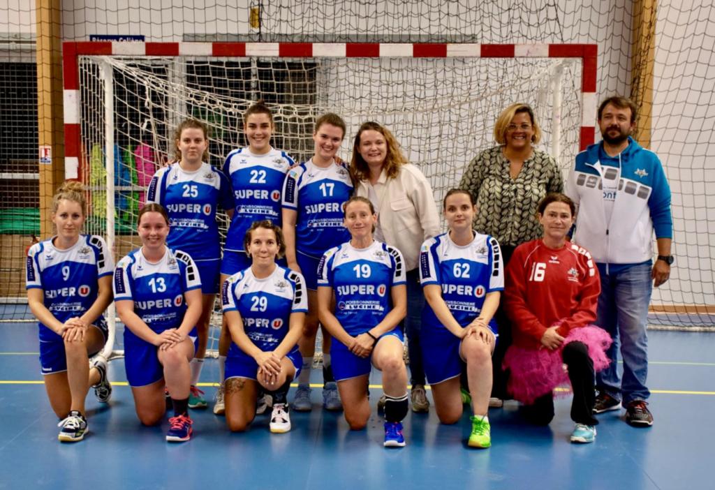 photo d'équipe séniors filles départementale 2021-2022